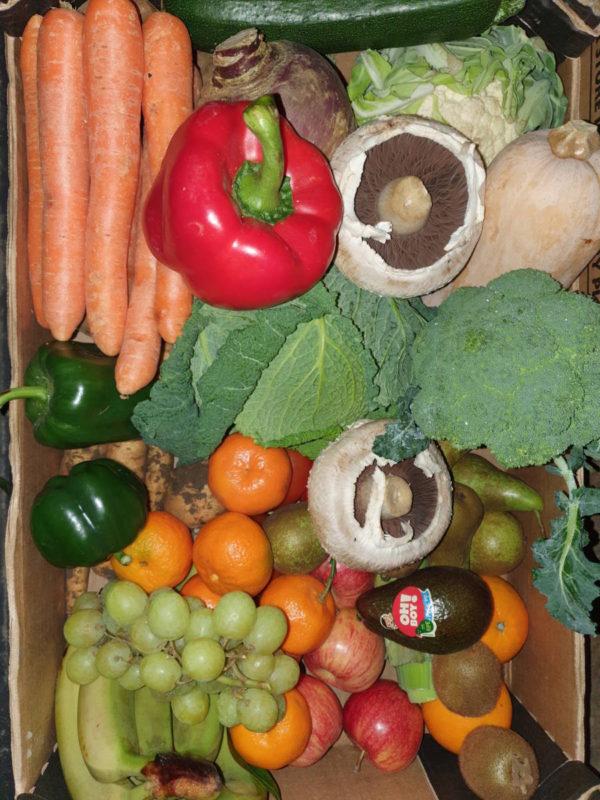 Fruit and veg plastic free box